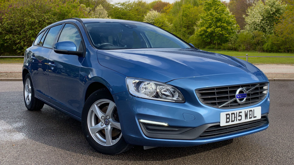 Volvo V60 D4 [190] Business Edition - Rear Park Assist, Sensus Navigation/Connect 2.0 Diesel 5 door Estate (2015) at Volvo Preston thumbnail image