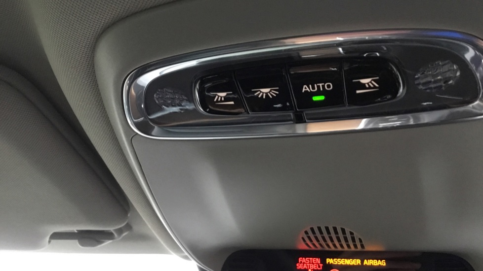 Volvo S90 2.0 D5 PowerPulse Inscription AWD Geartronic with Winter Pack image 25