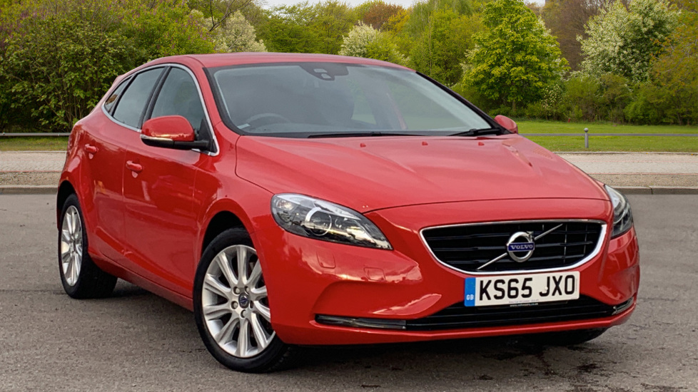 Volvo V40 D3 [4 Cyl 150] SE Lux Nav 5dr with Winter Pack 2.0 Diesel Hatchback (2016)