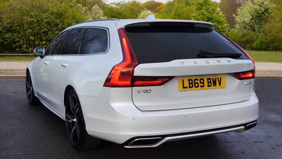 Volvo V90 2.0 D4 R DESIGN Pro 5dr Geartronic image 2 thumbnail
