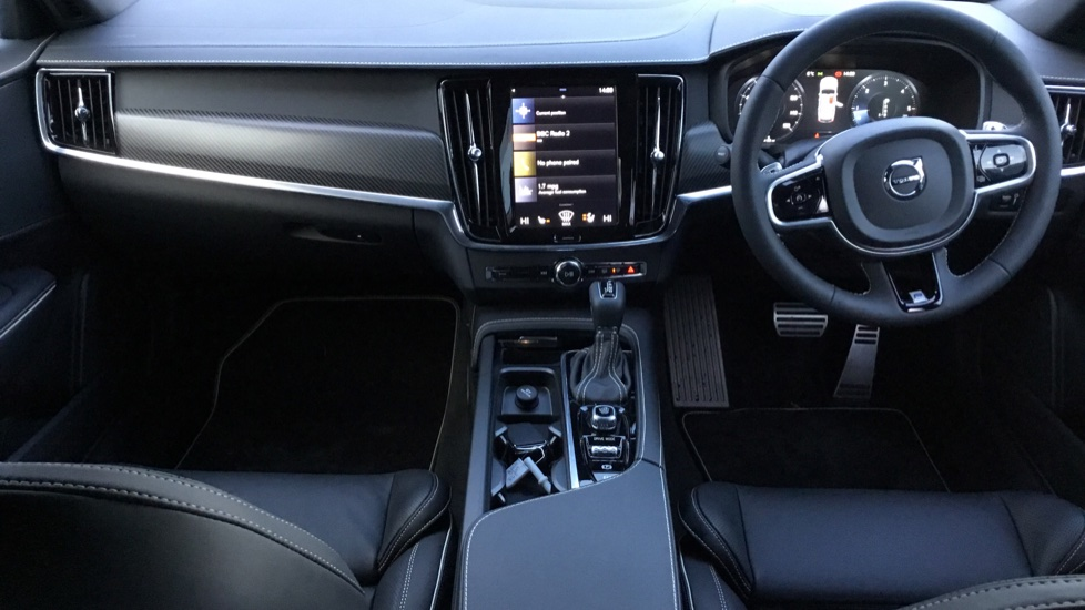 Volvo V90 2.0 D4 R DESIGN Pro 5dr Geartronic image 6 thumbnail
