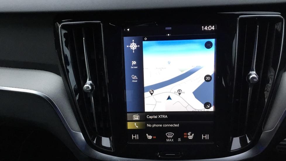 Volvo V60 2.0 D3 R DESIGN 5dr - Volvo on Call, DAB Radio, SAT NAV, Park Assist image 13