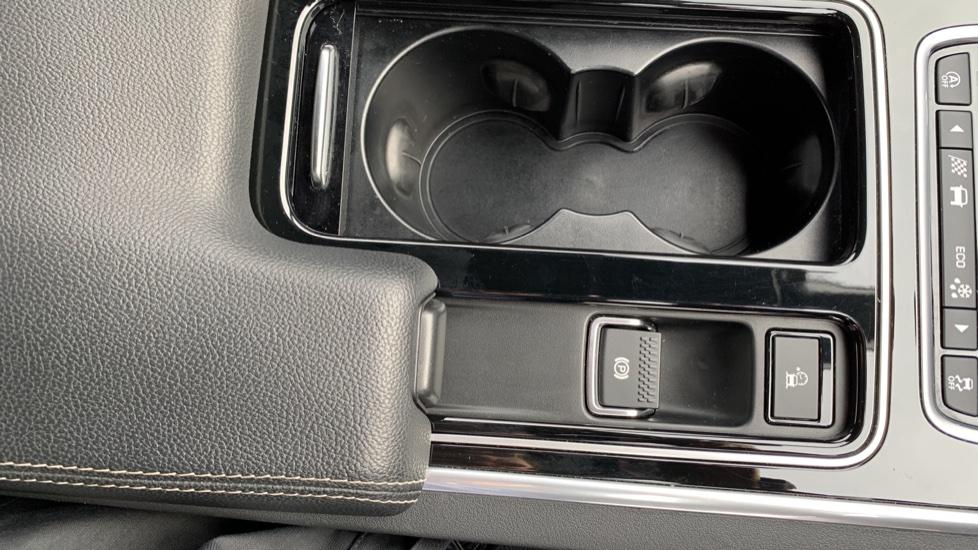 Jaguar XF 2.0d [180] R-Sport with Sat Nav and Rear Parking Camera image 26