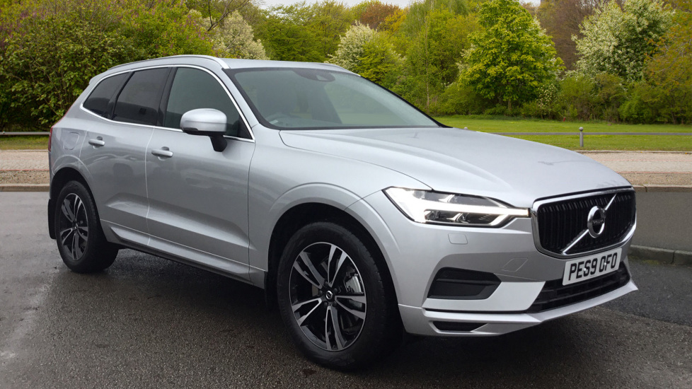 Volvo XC60 D4 Momentum AT, Nav, Winter Pk, R.Camera, S/phone Integration, 19' Alloys & Tints 2.0 Diesel Automatic 5 door Estate (2019)