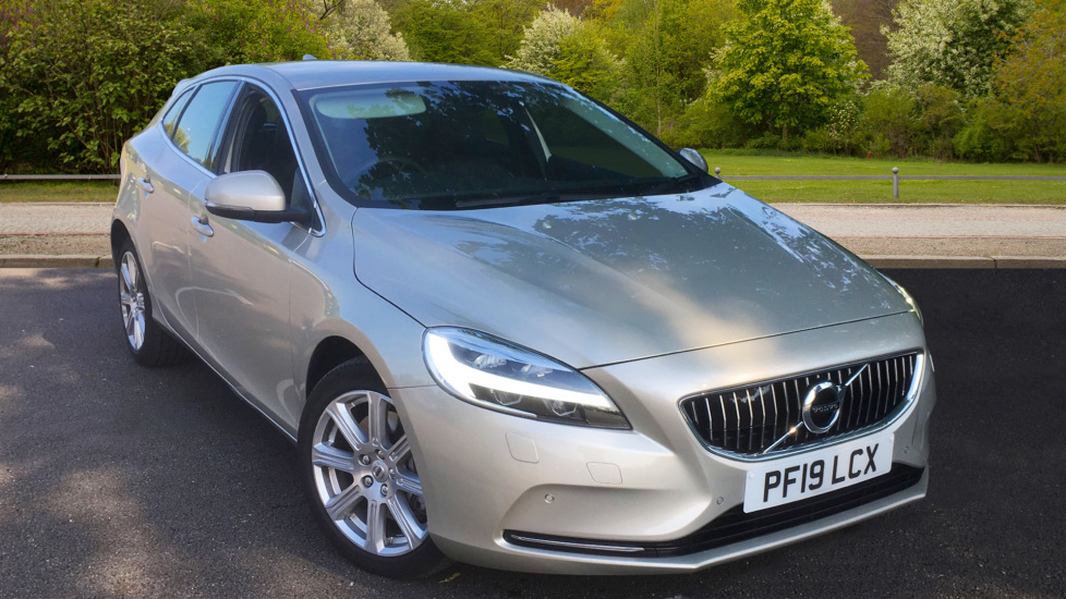Volvo V40 D3 [4 Cyl 152] Inscription - Front Park Assist, Volvo on Call, Power Seating 2.0 Diesel Automatic 5 door Hatchback (2019)