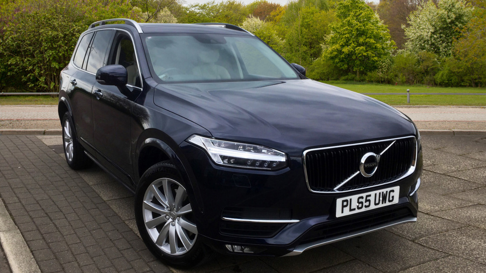 Volvo XC90 2.0 D5 Momentum 5dr AWD Geartronic - Park Assist Pilot and Winter Pack Diesel Automatic 4x4 (2015) image