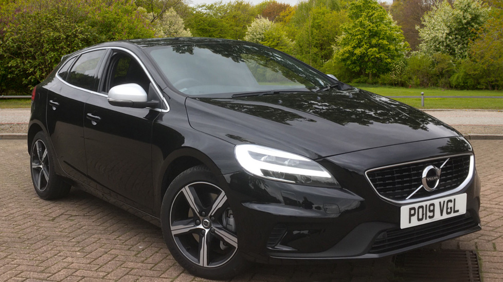 Volvo V40 T3 [152] R DESIGN Edition Geartronic - Gearshift Paddl;es, SAT NAV, DAB Radio 1.5 Automatic 5 door Hatchback (2019) image