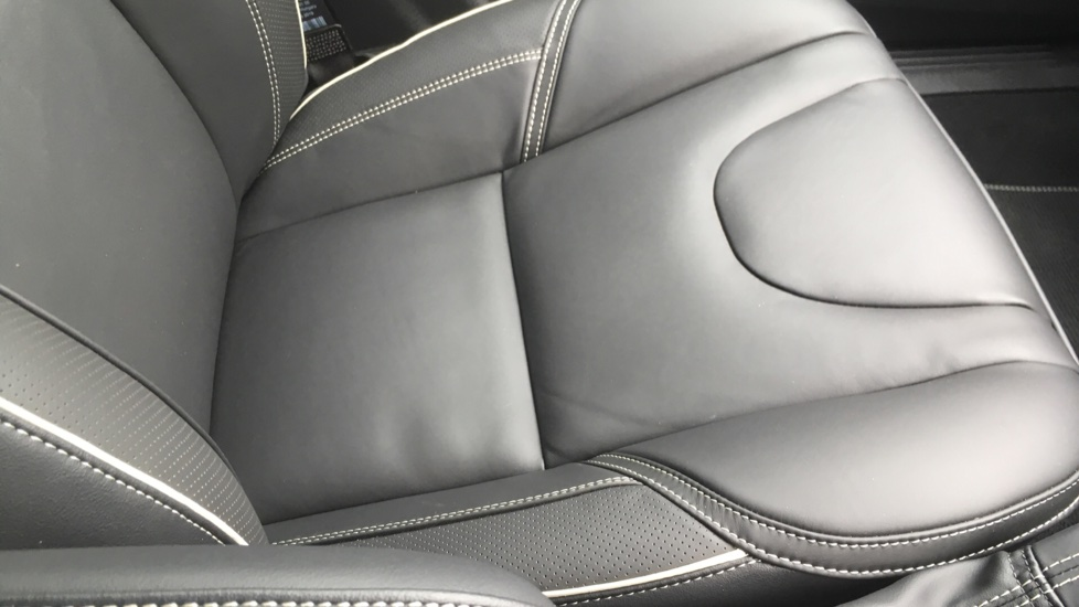 Volvo V40 T3 [152] R DESIGN Edition Geartronic - Gearshift Paddl;es, SAT NAV, DAB Radio image 24