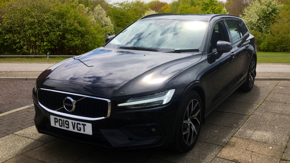 Volvo V60 2.0 T5 Momentum Pro with Power Drivers Seat, SAT NAV, Rear Park Assist image 9
