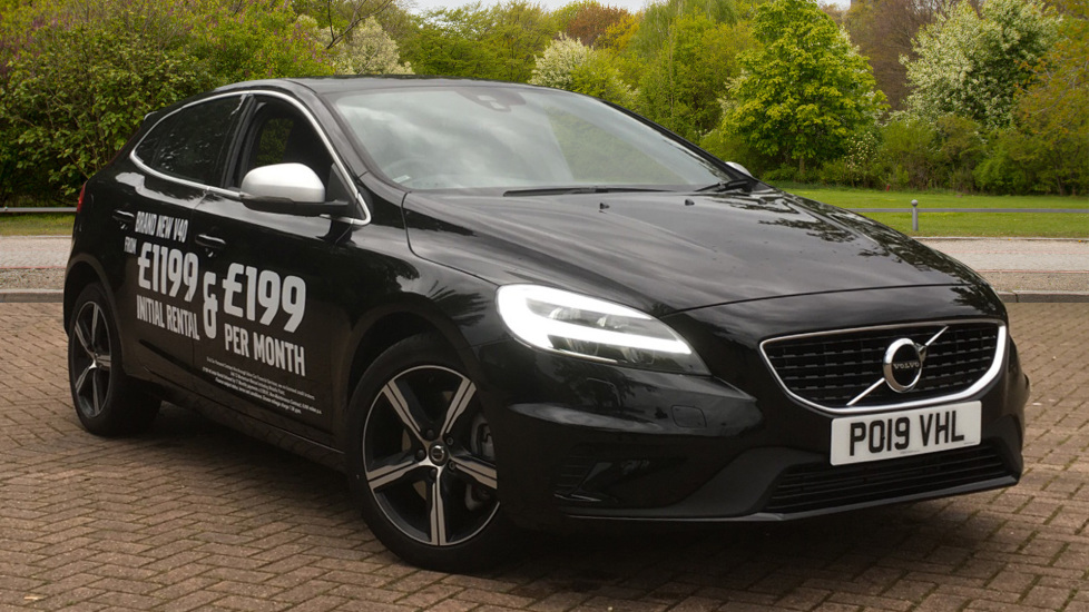Volvo V40 T3 [152] R DESIGN Geartronic with Winter Pack and Rear Park Assist 1.5 Automatic 5 door Hatchback (2019) image