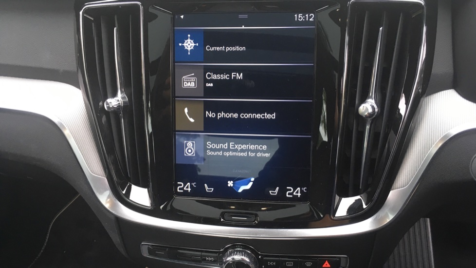 Volvo S60 2.0 T5 R DESIGN Edition - Panoramic Glass Roof and Volvo on Call image 18