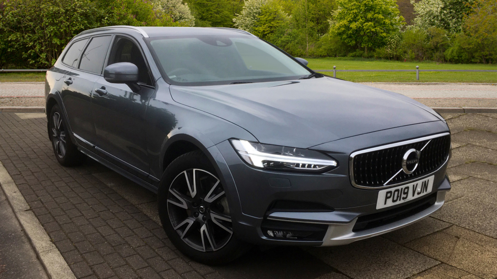 Volvo V90 2.0 D4 Cross Country Pro 5dr AWD Geartronic with Rear Park Assist Camera and Rear Privacy Glass Diesel Automatic Estate (2019) image