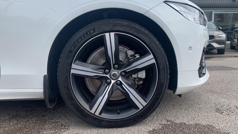 Volvo S90 2.0 T8 [390] Hybrid AWD R-Design Pro - Xenium, Intellisafe Pro image 5