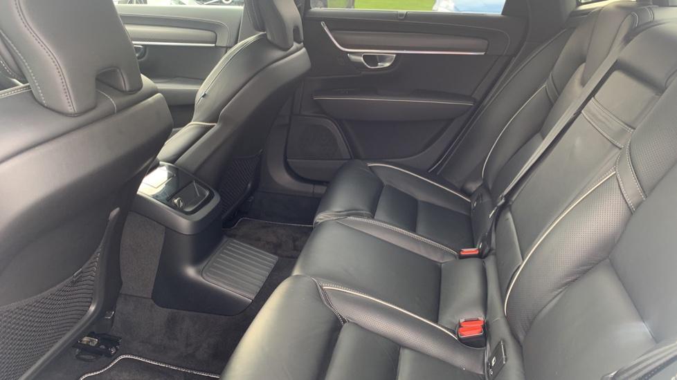 Volvo S90 2.0 T8 [390] Hybrid AWD R-Design Pro - Xenium, Intellisafe Pro image 10