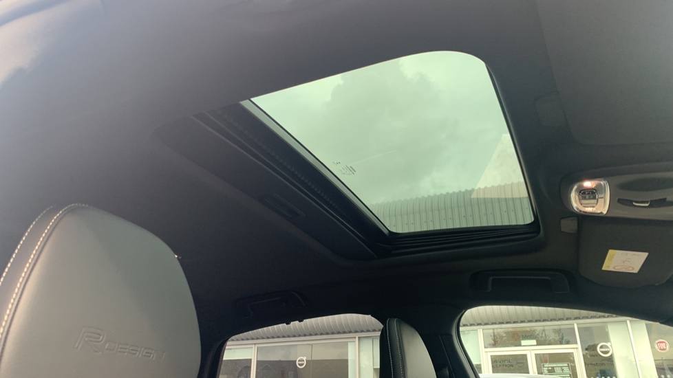 Volvo S90 2.0 T8 [390] Hybrid AWD R-Design Pro - Xenium, Intellisafe Pro image 14