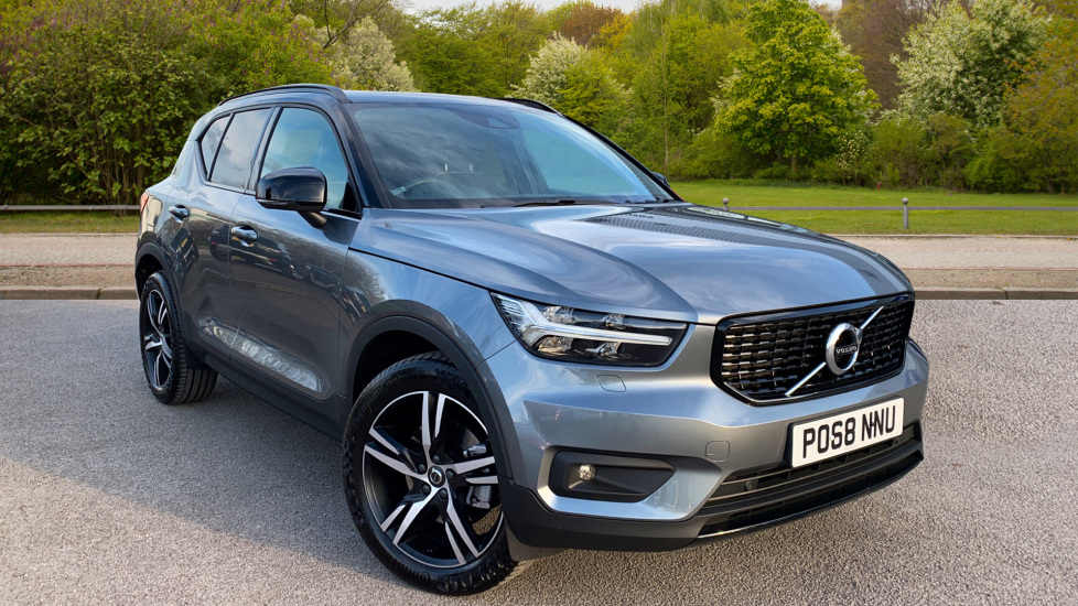 Volvo XC40 2.0 D4 [190] R DESIGN AWD Geartronic with 19 Diesel Automatic 5 door Estate (2018) image