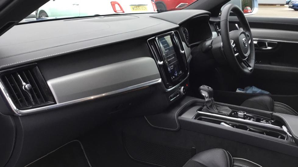 Volvo V90 2.0 D5 PowerPulse R DESIGN 5dr AWD Geartronic image 3