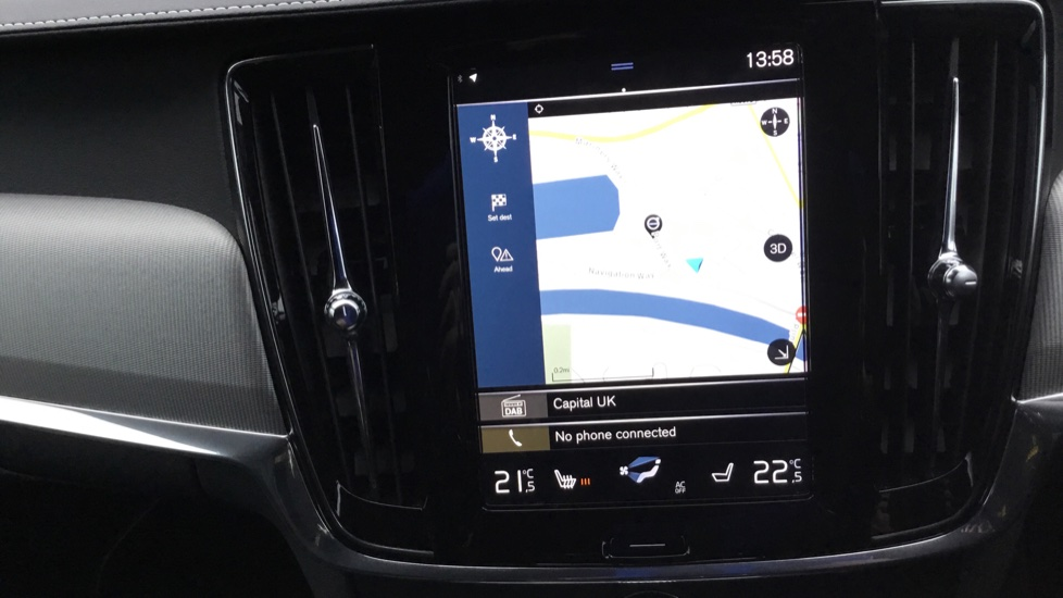 Volvo V90 2.0 D5 PowerPulse R DESIGN 5dr AWD Geartronic image 13