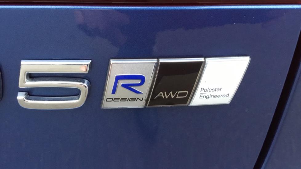 Volvo V90 2.0 D5 PowerPulse R DESIGN 5dr AWD Geartronic image 22