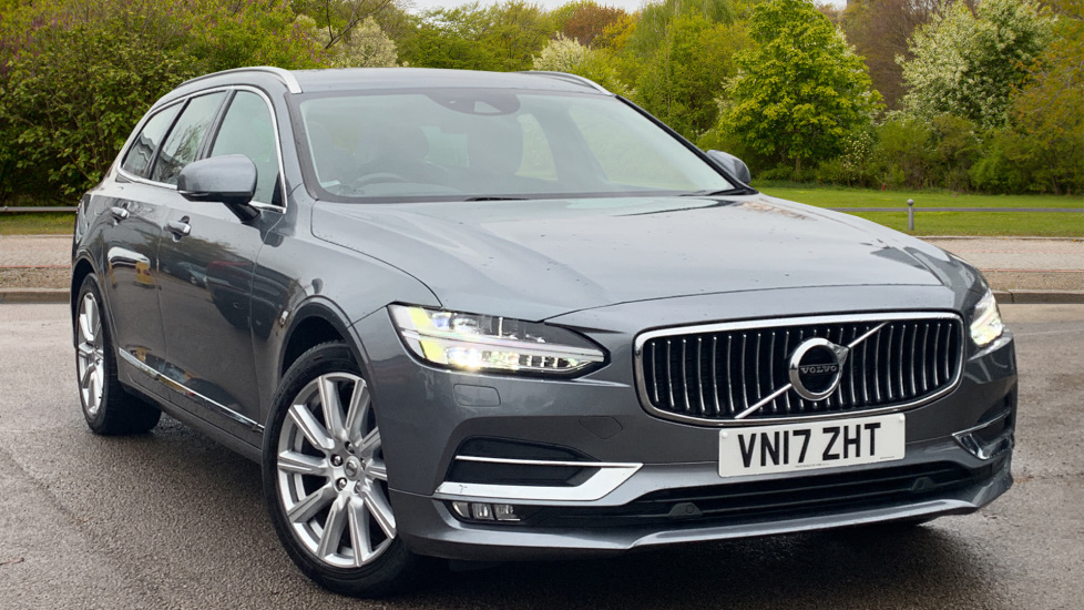 Volvo V90 2.0 D4 Inscription 5dr Geartronic with Sat Nav and Winter Pack Diesel Automatic Estate (2017) image