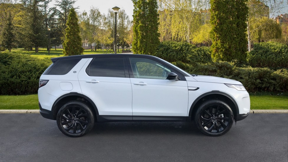Land Rover Discovery Sport 2.0 D180 S 5dr image 5