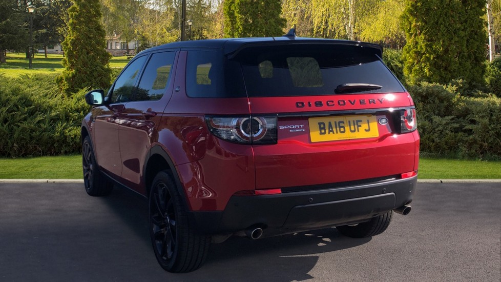Land Rover Discovery Sport 2.0 TD4 180 HSE Black 5dr image 2