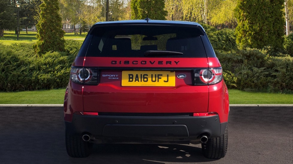 Land Rover Discovery Sport 2.0 TD4 180 HSE Black 5dr image 6