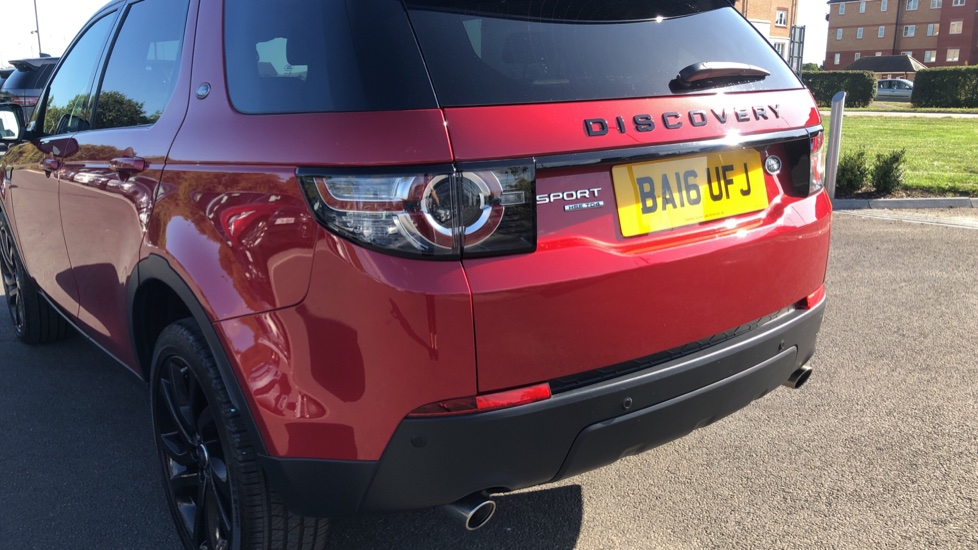 Land Rover Discovery Sport 2.0 TD4 180 HSE Black 5dr image 10