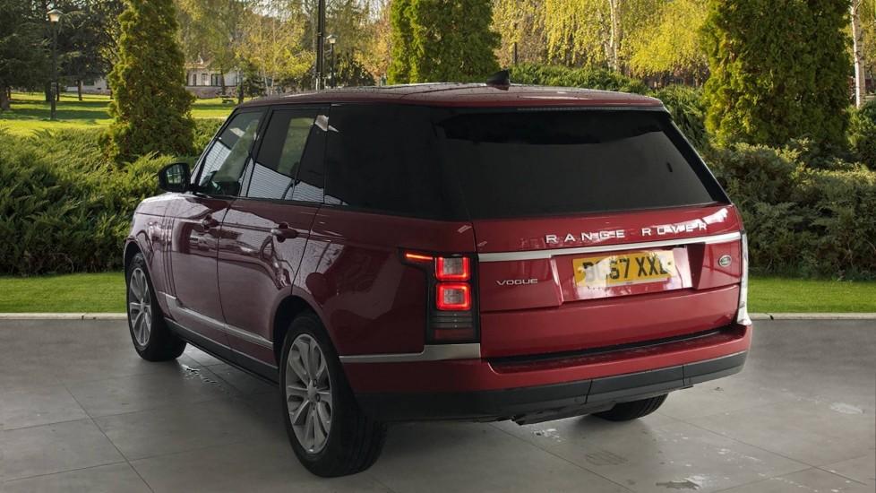 Land Rover Range Rover 3.0 SDV6 Vogue 4dr rear camera and sliding pan roof image 2