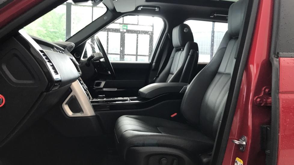 Land Rover Range Rover 3.0 SDV6 Vogue 4dr rear camera and sliding pan roof image 3