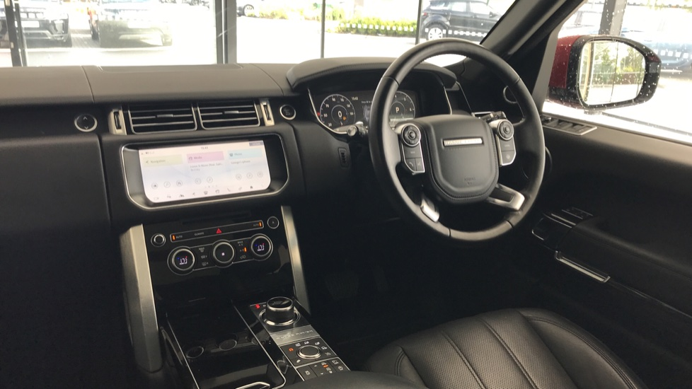 Land Rover Range Rover 3.0 SDV6 Vogue 4dr rear camera and sliding pan roof image 11