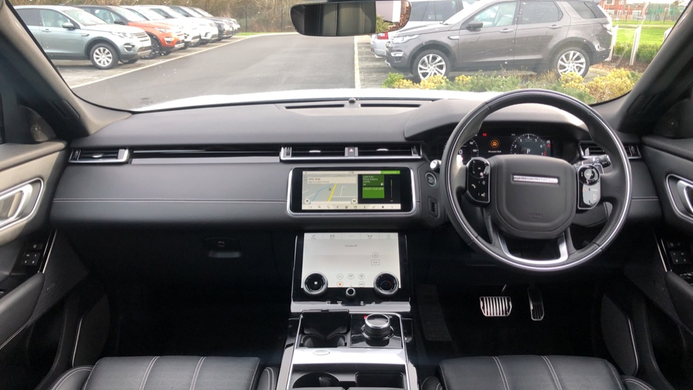 Land Rover Range Rover Velar 2.0 P250 R-Dynamic HSE 5dr image 9