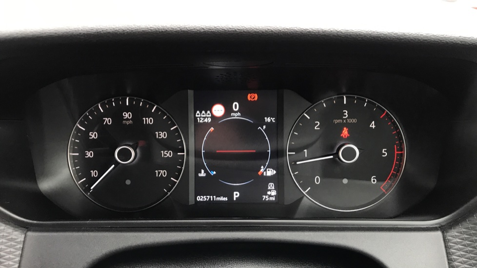 Land Rover Range Rover Velar 3.0 D300 R-Dynamic S 5dr image 10