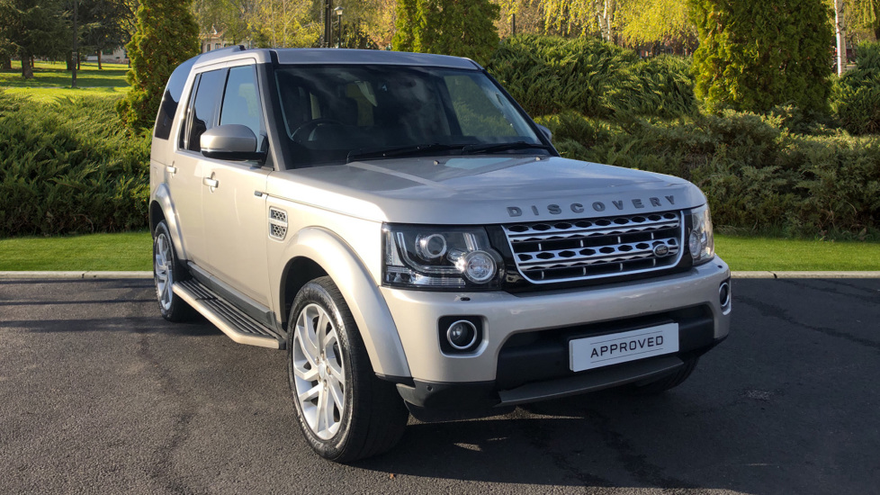 Land Rover Discovery 3.0 SDV6 HSE 5dr Diesel Automatic 4x4 (2015) at Land Rover Swindon thumbnail image