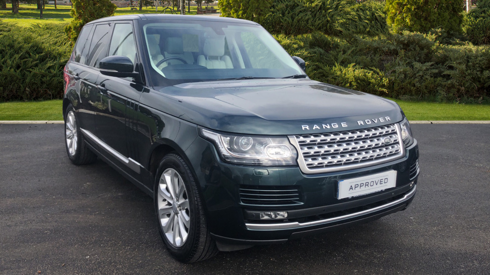 Land Rover Range Rover 3.0 TDV6 Vogue 4dr Diesel Automatic Estate (2016) image