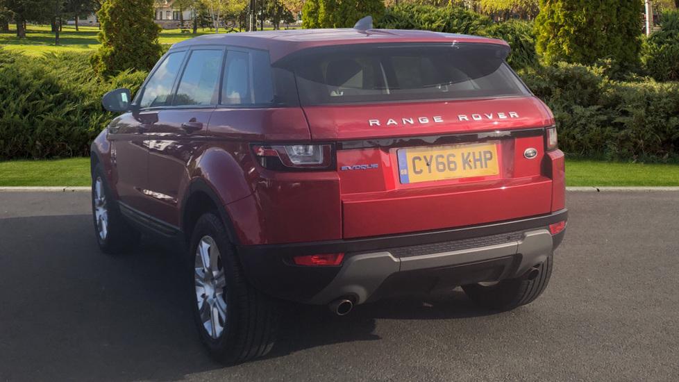 Land Rover Range Rover Evoque 2.0 eD4 SE Tech 5dr 2WD image 2