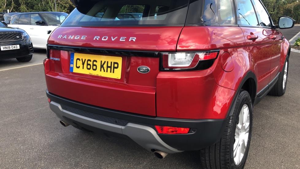 Land Rover Range Rover Evoque 2.0 eD4 SE Tech 5dr 2WD image 11