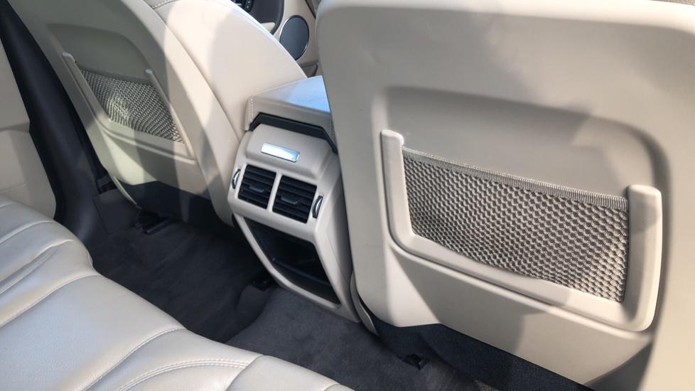 Land Rover Range Rover Evoque 2.0 eD4 SE Tech 5dr 2WD image 20