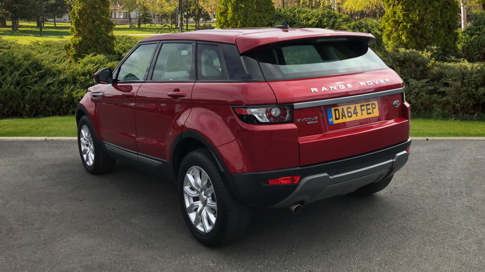 Land Rover Range Rover Evoque 2.2 eD4 Pure 5dr [Tech Pack] 2WD image 2