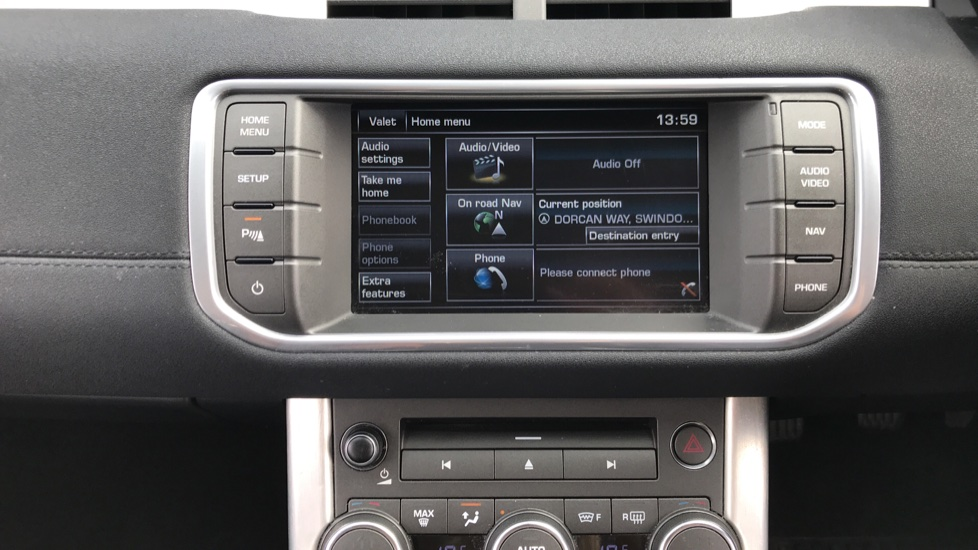 Land Rover Range Rover Evoque 2.2 eD4 Pure 5dr [Tech Pack] 2WD image 11