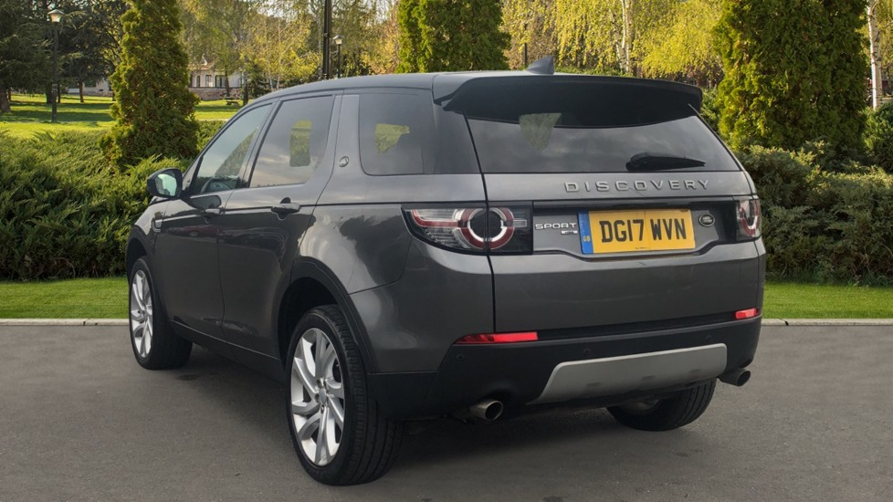 Land Rover Discovery Sport 2.0 TD4 180 HSE 5dr image 2