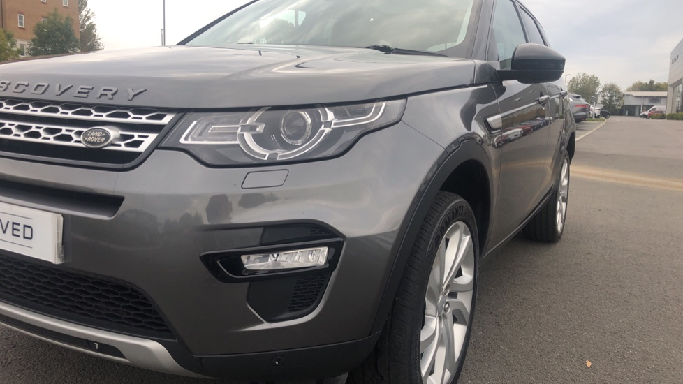 Land Rover Discovery Sport 2.0 TD4 180 HSE 5dr image 10