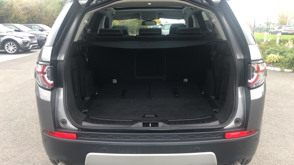Land Rover Discovery Sport 2.0 TD4 180 HSE 5dr image 20