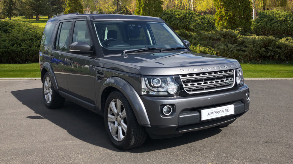 Land Rover Discovery 3.0 SDV6 SE Tech 5dr Diesel Automatic 4x4 (2014) image