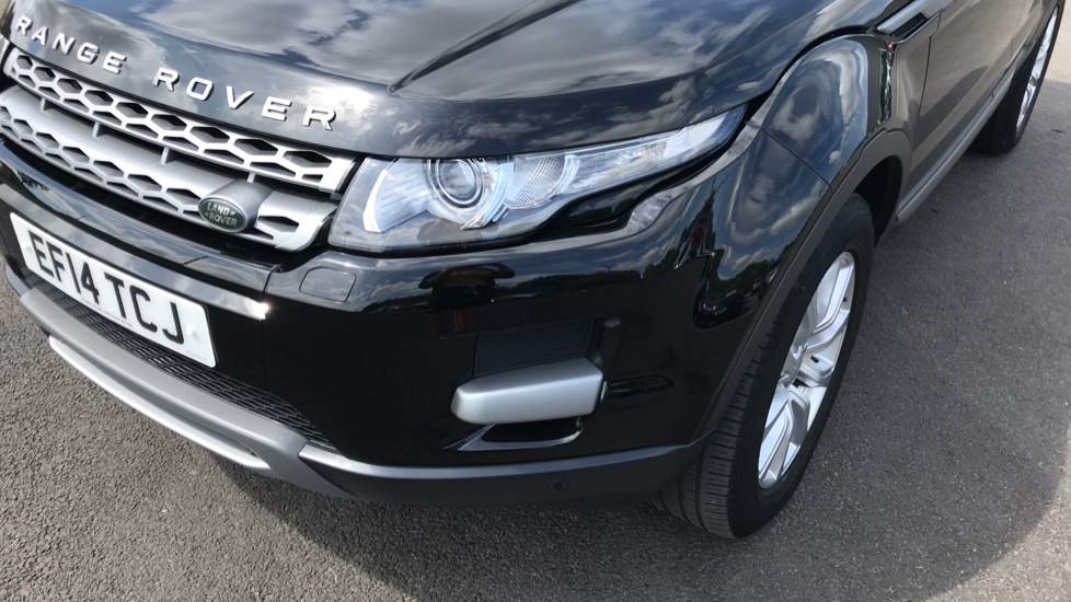 Land Rover Range Rover Evoque 2.2 SD4 Pure 5dr [Tech Pack] image 18
