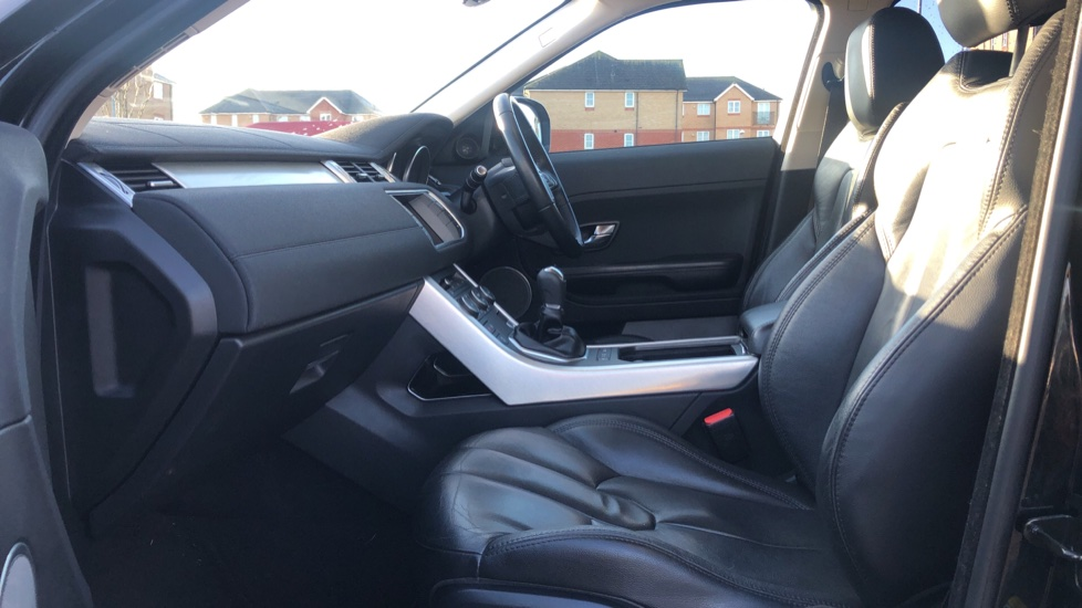 Land Rover Range Rover Evoque 2.2 SD4 Pure 5dr image 3