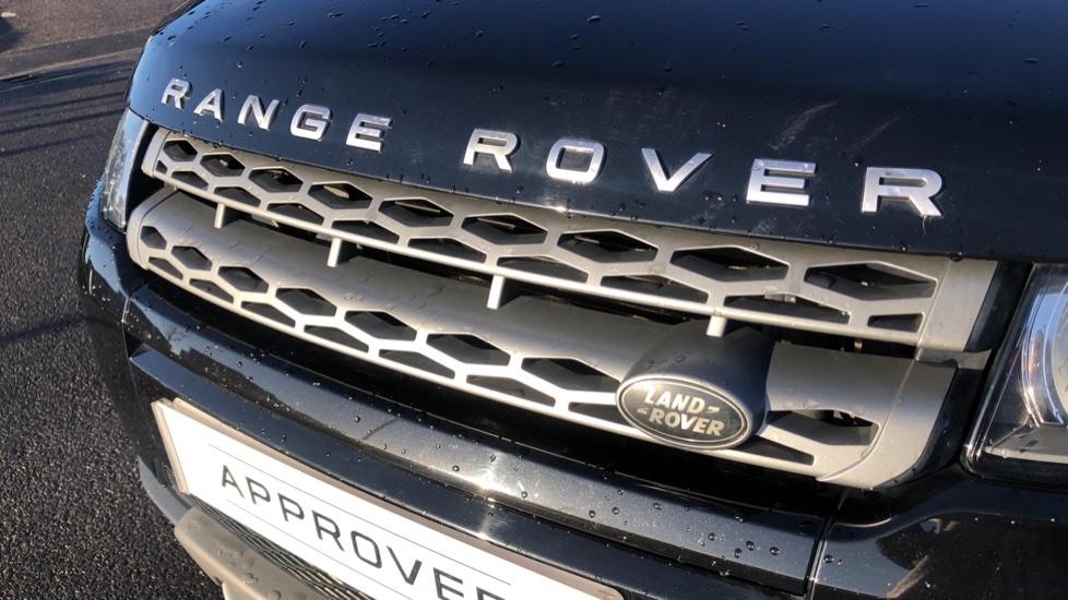 Land Rover Range Rover Evoque 2.2 SD4 Pure 5dr image 16