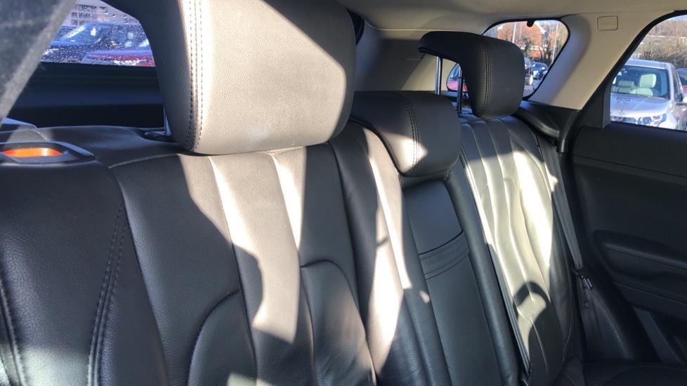 Land Rover Range Rover Evoque 2.2 SD4 Pure 5dr image 19