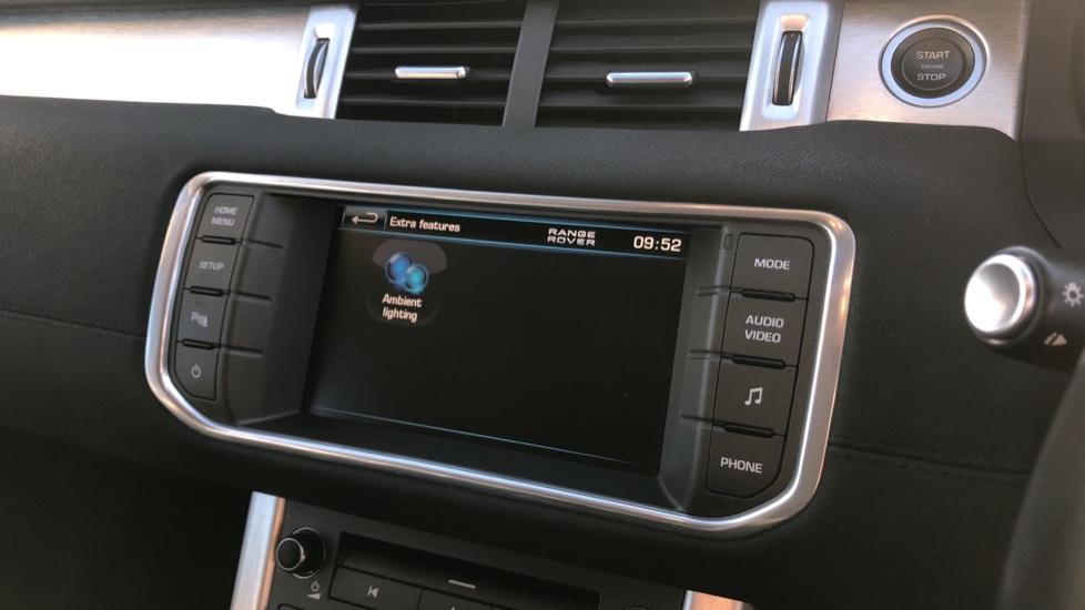 Land Rover Range Rover Evoque 2.2 SD4 Pure 5dr image 22