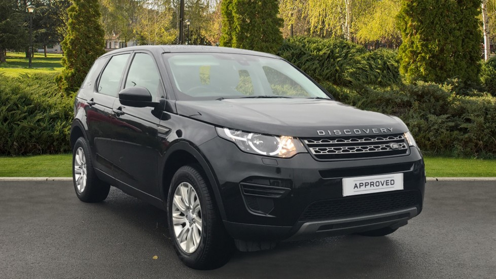 Land Rover Discovery Sport 2.0 TD4 180 SE 5dr Diesel Automatic 4x4 (2016) at Land Rover Swindon thumbnail image
